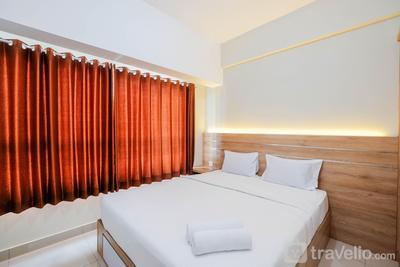 Comfort and Strategic Studio at Springlake Summarecon Bekasi Apartment By Travelio