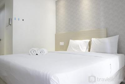 Stylish & Relaxing Studio Apartment at Parahyangan Residence near UNPAR By Travelio