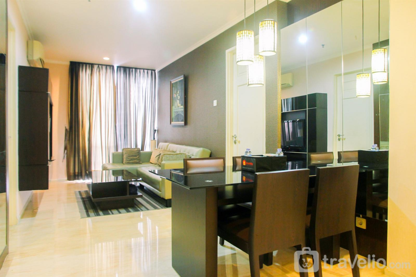 FX Residence Sudirman Senayan - 2+1BR Luxurious and Comfy Apartment at FX Residence By Travelio