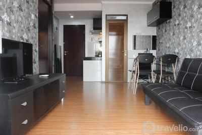 Stylish 2BR Gateway Pasteur Apartment near Exit Toll By Travelio