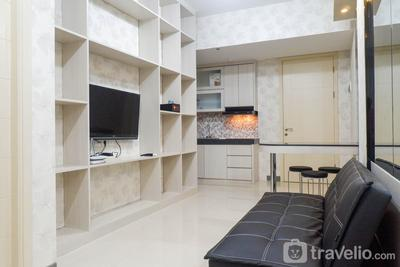 Modern 2BR Apartment at Supermall Mansion Anderson By Travelio