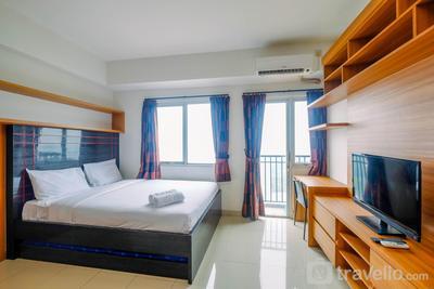 Best and Spacious Studio Apartment Park View Condominium By Travelio