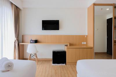 Twin Bed Studio Room at Annora Living Apartment By Travelio