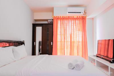 Simple Studio Apartment at Serpong Greenview By Travelio