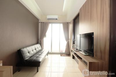 Minimalist 2BR Serpong Greenview Apartment By Travelio
