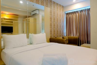 Homey Studio Apartment at Grand Kamala Lagoon By Travelio