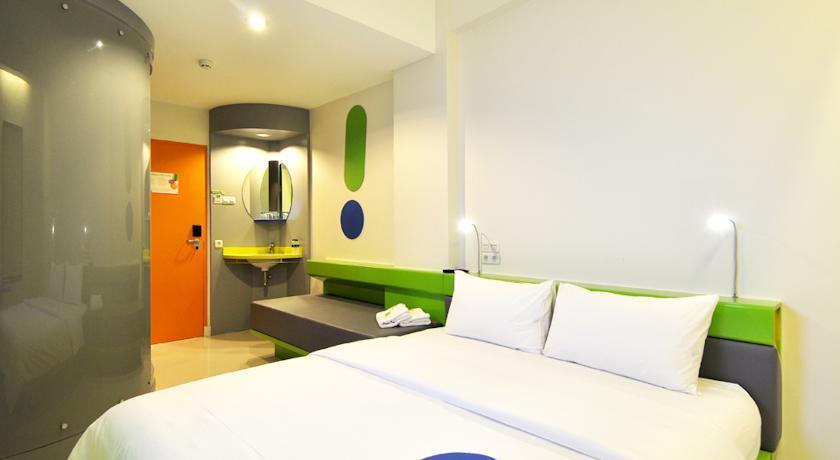 Pop Hotel Tebet Jakarta