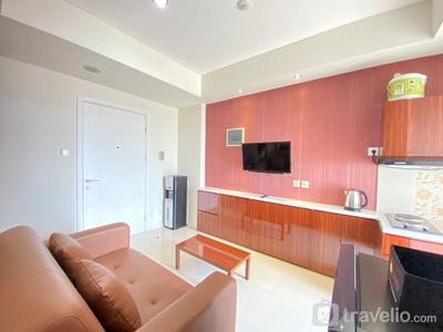 Artistic & Private 2BR Apartment at Parahyangan Residence By Travelio