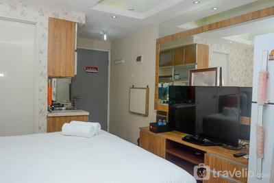 Homey Studio Pakubuwono Terrace Apartment By Travelio