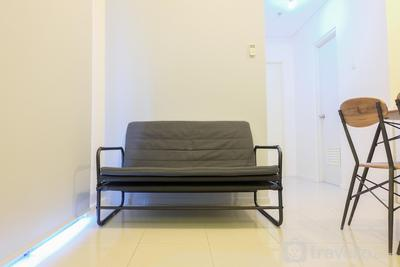 Comfy 2BR Cosmo Terrace Apartment By Travelio