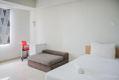 Minimalist Studio at Beverly 90210 Apartment By Travelio