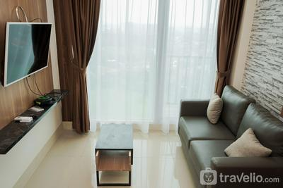 Comfort and Cozy 1BR at Tree Park City BSD Apartment By Travelio