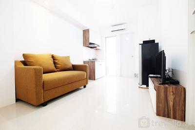 2BR Bassura City Apartment Connect to Swimming Pool By Travelio