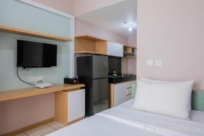 Warm and Cozy Stay Studio Room @ M-Town Apartment By Travelio