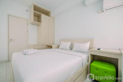 Comfy and Minimalist 1BR Patraland Urbano Apartment near Bekasi Station By Travelio