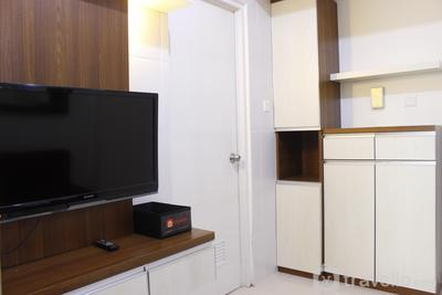 Comfortable 1BR Apartment at Parahyangan Residence near Unpar By Travelio