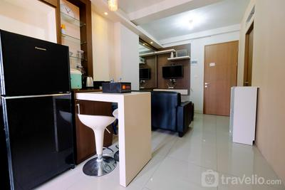 2BR The Oak Gading Icon Apartement near Kelapa Gading By Travelio