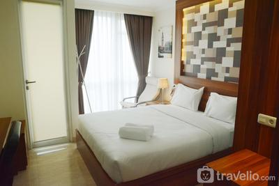 Warm and Best Studio Menteng Park Apartment By Travelio