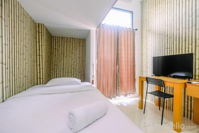 Relaxing and Simple Studio at Dave Apartment By Travelio